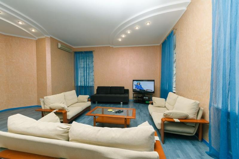 Perfect Location, space, interior , 3 bedroom+ - Image 1 - Kiev - rentals