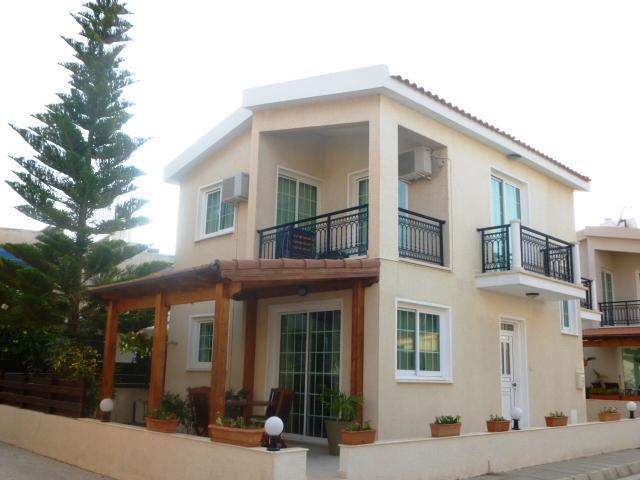 3 bdrm Inland View Villa Beach Larnaca Oroklini - Image 1 - Oroklini - rentals