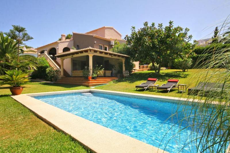 6 bedroom Villa in Javea, Alicante, Costa Blanca, Spain : ref 2127131 - Image 1 - Javea - rentals