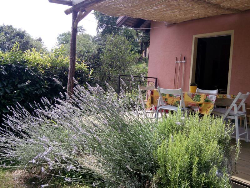 Cosy CountryHouse Lavander in Bloom-Accueillante Maison Lavande en fleurs - COSY COUNTRYHOUSE,OWN GARDEN, BBQ - Pallanza - rentals