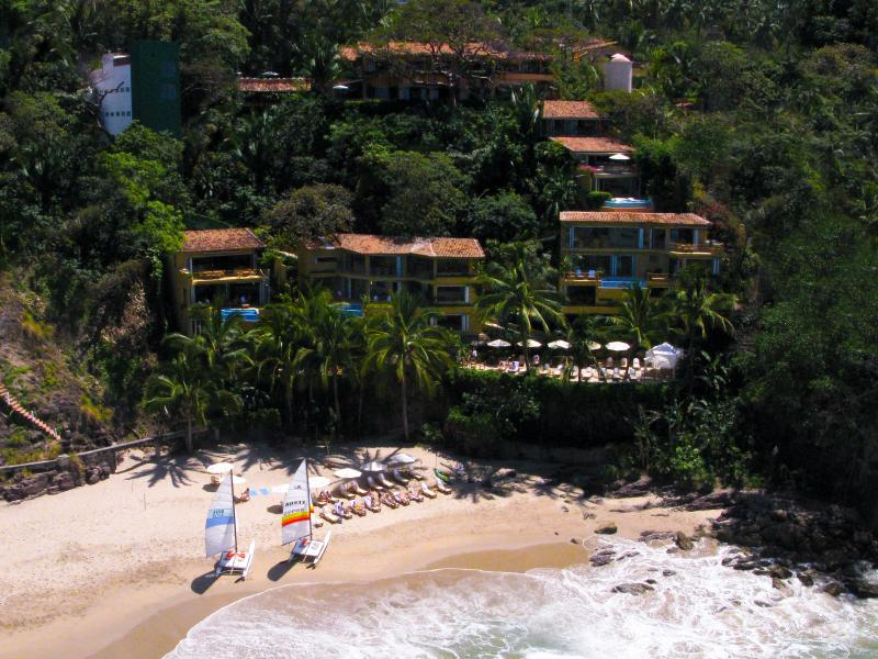 The Beachouse at PVBC - Image 1 - Puerto Vallarta - rentals
