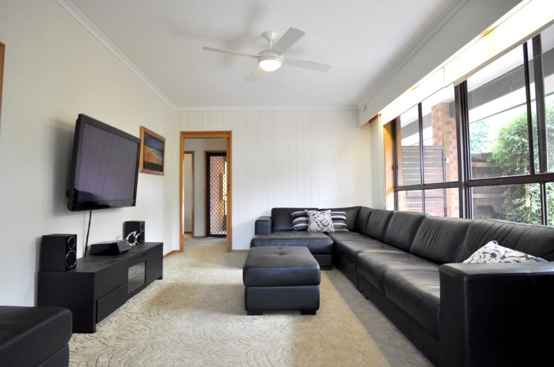 FAMILY RETREAT ON ANDERSON - Image 1 - Inverloch - rentals