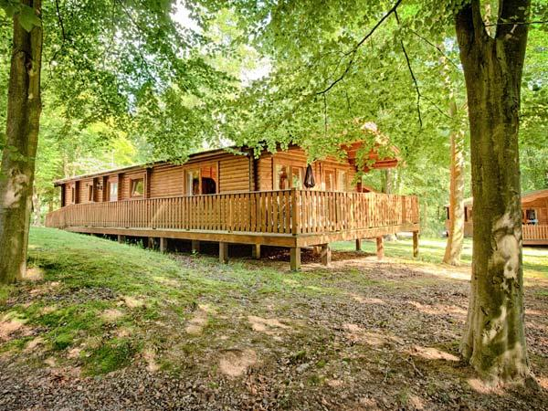 NO 39 KENWICK WOODS, family friendly, country holiday cottage, with golf in Kenwick Woods, Ref 916191 - Image 1 - Legbourne - rentals