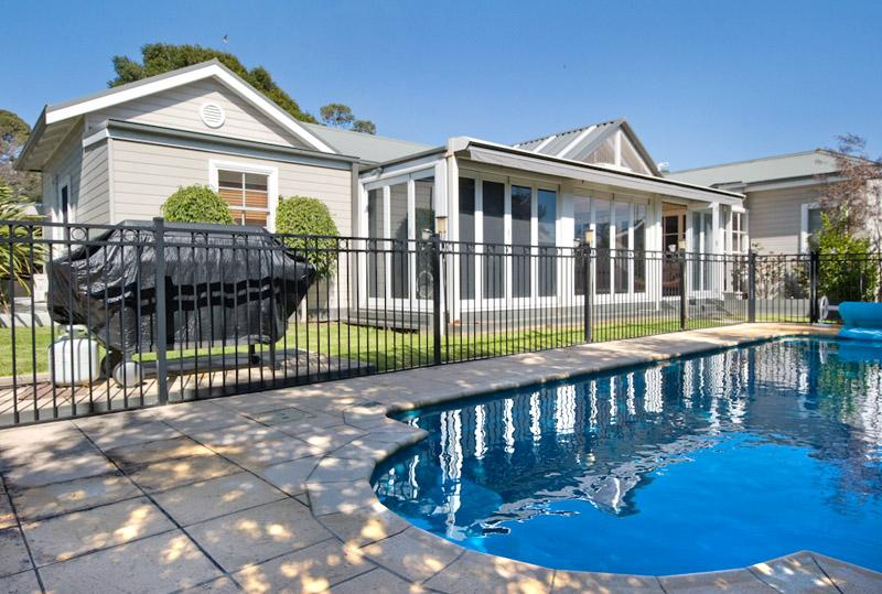 Raffles by the Sea - Image 1 - Dromana - rentals