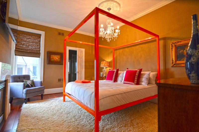 Dreamy in Dupont, Over the Top! - Image 1 - Washington DC - rentals