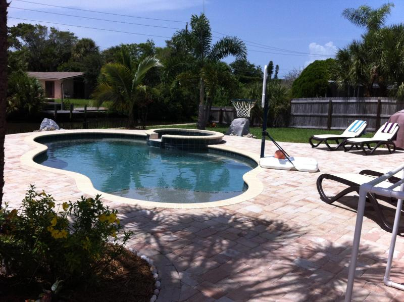 Luxurious tropical pool home - A Siesta Tropical Retreat - Island Pool Oasis - Siesta Key - rentals