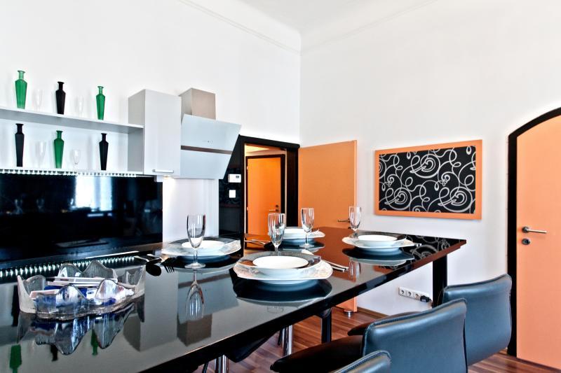 LUXURY DESIGN HOME VIENNA III - Image 1 - Vienna - rentals