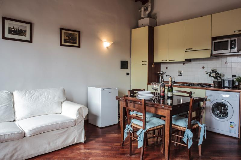 Prestige House Central Station Wi.Fi. - Image 1 - Florence - rentals