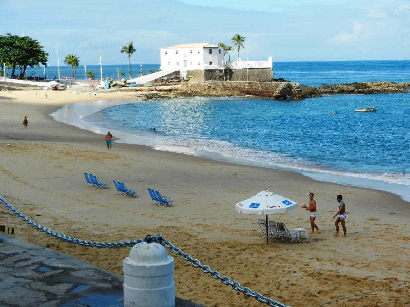 Early morning at the beach in front of our apartment. - Tropical Apartment by the Beach - Salvador - rentals