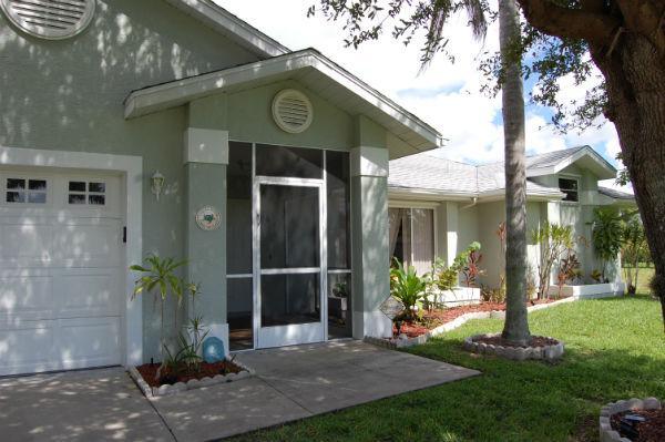 "Welcome - GIGA-HOMES  ""TURTLE HOUSE"" Waterfront / New - Cape Coral - rentals"