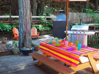 Big Bertha's,  Large Deck, Outdoor Dining - Big Bertha's - Guerneville - rentals