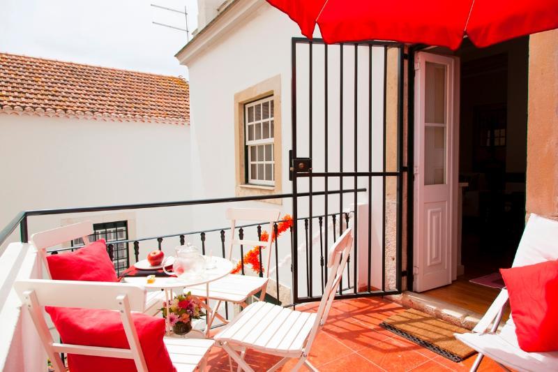 Chanceler Lis Apartment | RentExperience - Image 1 - Lisbon - rentals