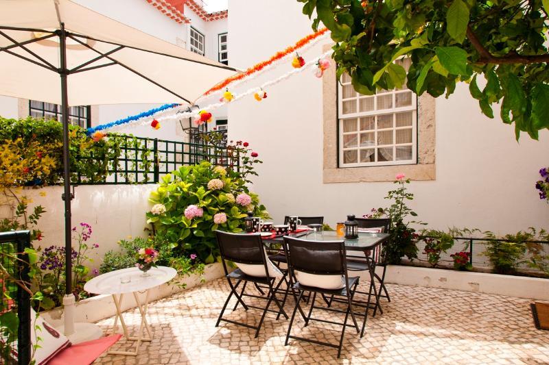 Chanceler Deluxe Apartment | RentExperience - Image 1 - Lisbon - rentals
