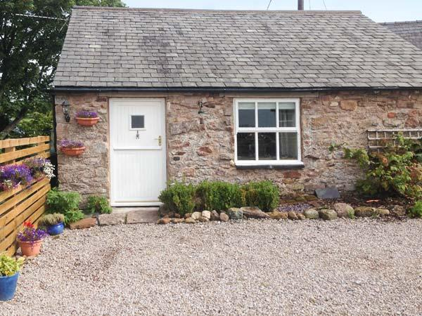 THE DAIRY, woodburner, WiFi, riverside walks, quaint studio property near Appleby, Ref. 913859 - Image 1 - Appleby - rentals