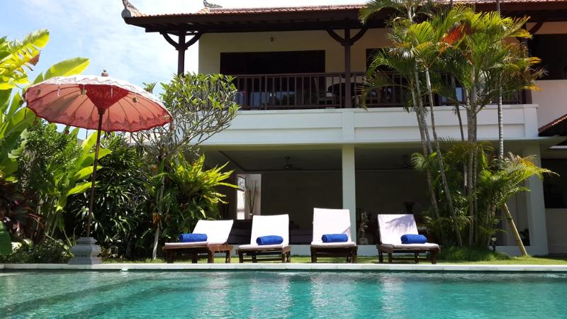 Villa and Pool overview - Puri Naga, 4 Bed Family Villa, 5 mins Seminyak - Seminyak - rentals