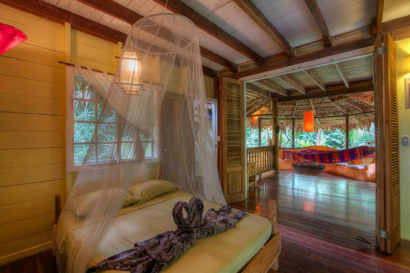 Casa Amarilla - Casa Amarilla 2 bedroom Jungle Beach House - Puerto Viejo de Talamanca - rentals