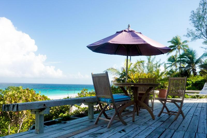 Cozy Beachfront Home - Image 1 - Harbour Island - rentals