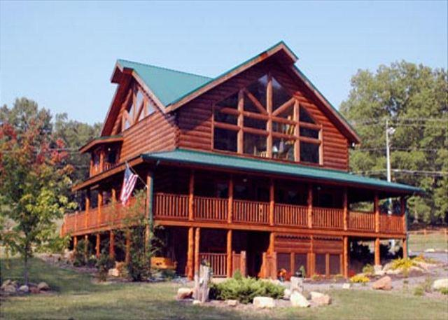 Mountain Jubilee an eight bedroom cabin - Image 1 - Sevierville - rentals