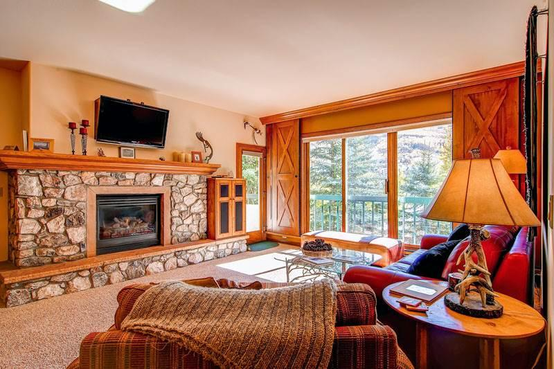 Borders Lodge - Upper 202 - Image 1 - Beaver Creek - rentals