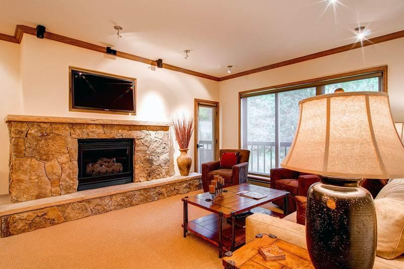 Borders Lodge - Upper 207 - Image 1 - Beaver Creek - rentals