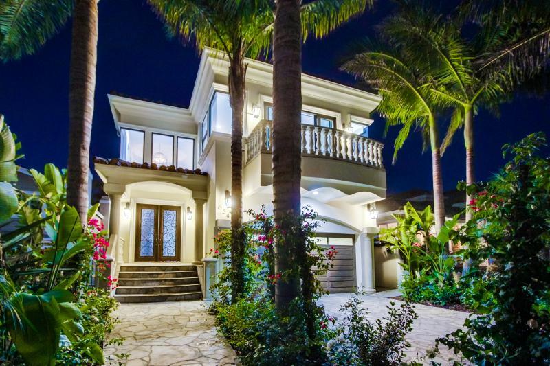 Gorgeous Pool & Jacuzzi!!! - Image 1 - Redondo Beach - rentals