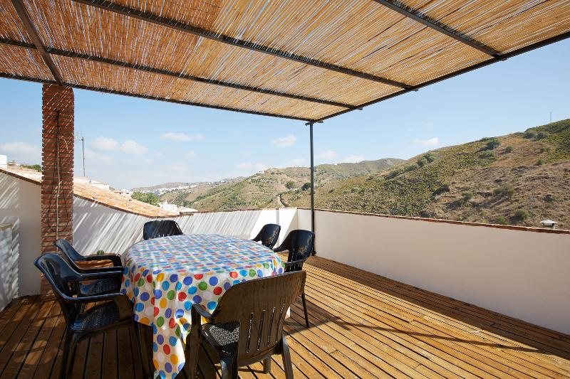 Rooftop Terrace with views to the village and mountains - Casa Dimitri - authentiek Spanje beleven in El Borge - El Borge - rentals
