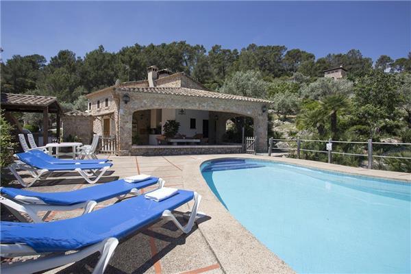 5 bedroom Villa in Pollenca, Mallorca : ref 2211244 - Image 1 - Pollenca - rentals