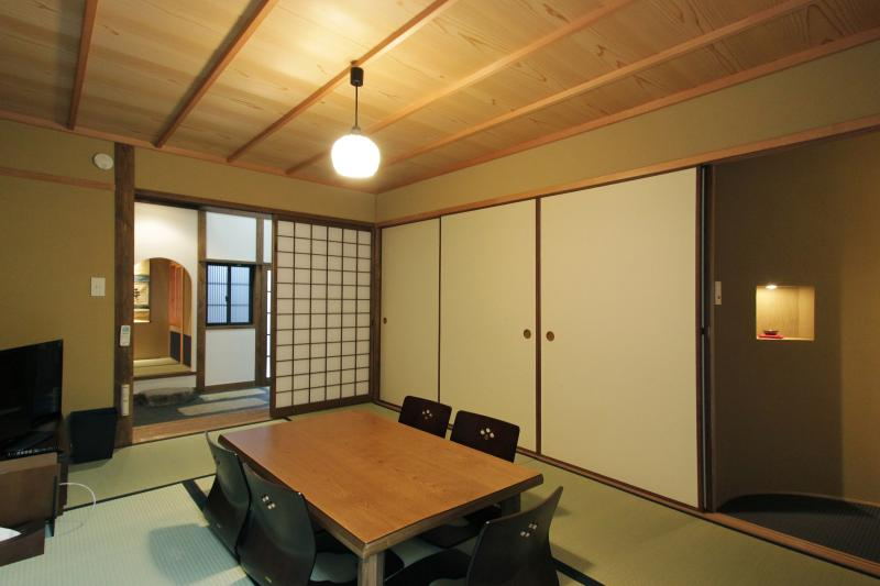 Location! Beautiful Kyoto house in HIstoric GION - Image 1 - Kyoto - rentals