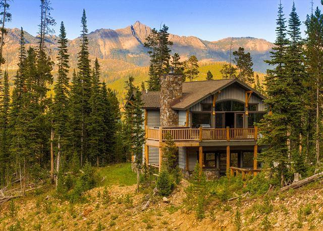 Beautiful 5 Bedroom Ski In, Ski Out Diamond Hitch Home in Moonlight Basin - Image 1 - Big Sky - rentals