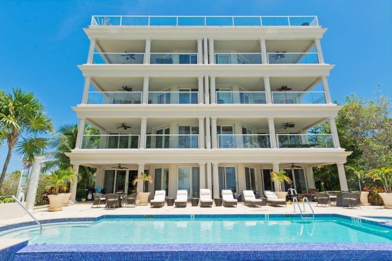 Sea Breeze, a luxury SMB beachfront condo - Image 1 - Seven Mile Beach - rentals