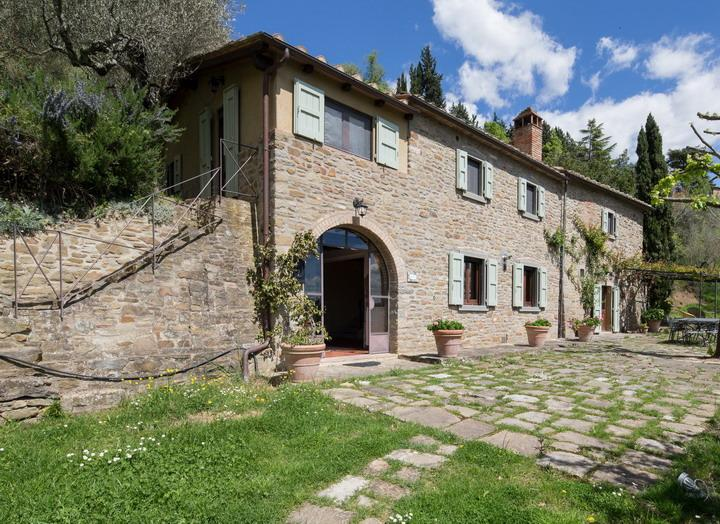 Valerie, luminous villa among rolling Tuscan hills - Image 1 - Cortona - rentals