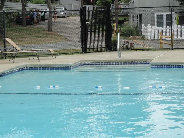 Association Pool - Seasonal (Memorial to Labor Day) - Pool, Beach, Cape Cod, 432 Sea Street,Cottage #6A - Hyannis - rentals