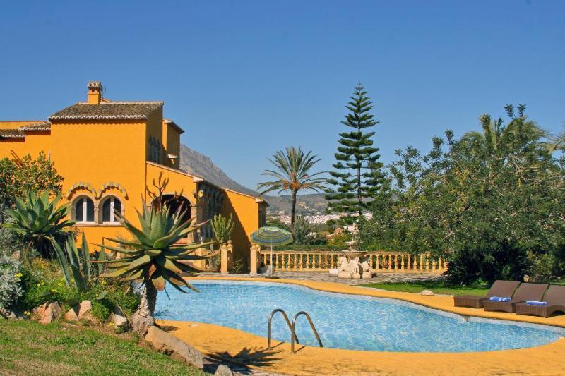 8 bedroom Villa in Javea, Alicante, Costa Blanca, Spain : ref 2127136 - Image 1 - Xabia - rentals