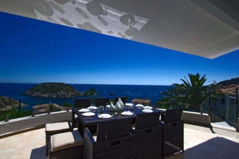 6 bedroom Villa in Javea, Alicante, Costa Blanca, Spain : ref 2213363 - Image 1 - Xabia - rentals
