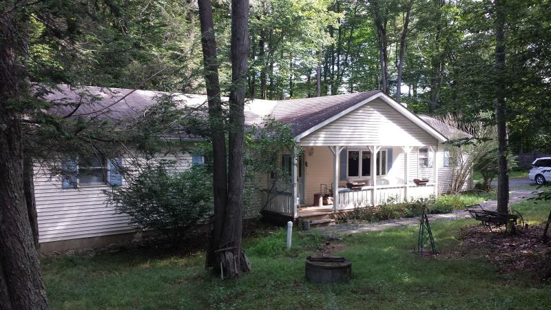 Front of Rental 2 - 3 BR 2 Bath Rental Home, Experience Tranquility - Tobyhanna - rentals