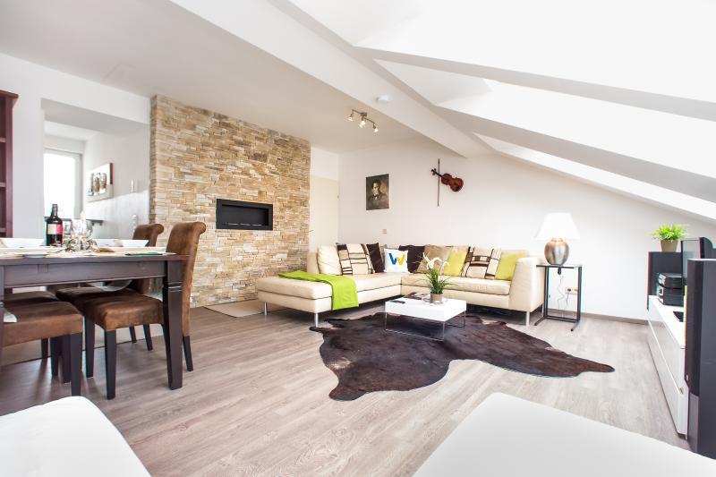 Living room - Roof-Terrace Design Apt. Gustav Mahler - Vienna - rentals