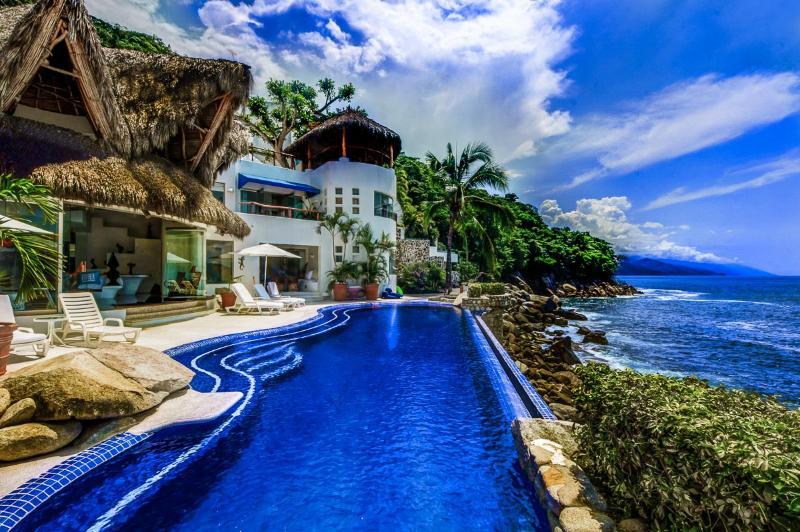 Casa San Sebastian, Sleeps 6 - Image 1 - Boca de Tomatlan - rentals