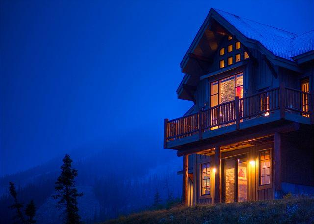 Luxury Slopeside Moonlight Mountain Home with Views Like No Other! - Image 1 - Big Sky - rentals
