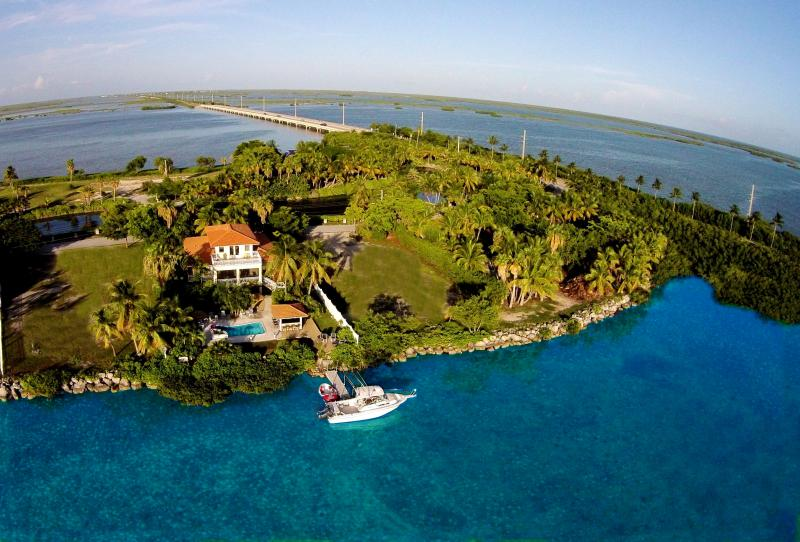 Luxury vacation rental minutes from Key West - Image 1 - Key West - rentals