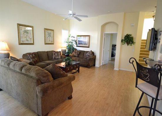 Mediterranean Style 5 Bedroom 3.5 Bath Pool Home. 322BD - Image 1 - Orlando - rentals
