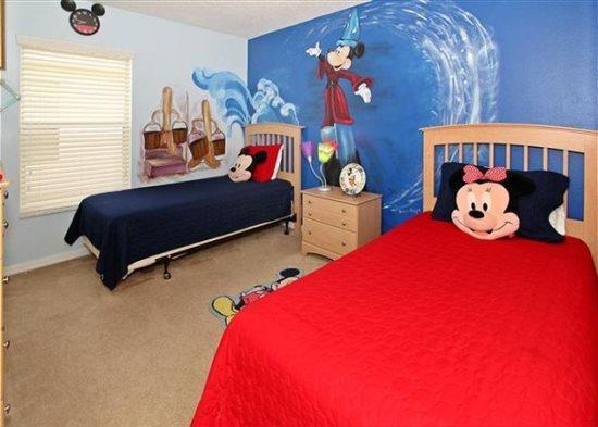Large 5 Bedroom Villa Pool Home In Hampton Lakes Community. 936BD - Image 1 - Orlando - rentals