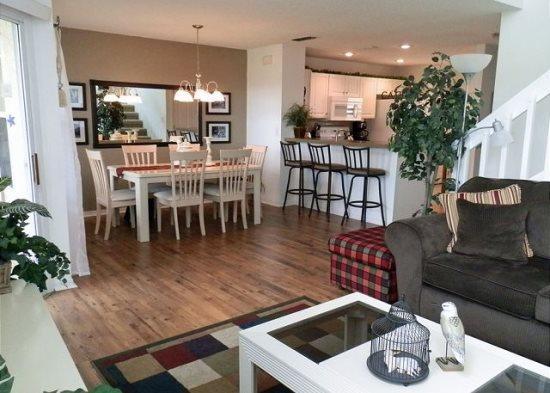 Beautiful 3 Bedroom Town House In Golf Community. 2510SAB - Image 1 - Orlando - rentals