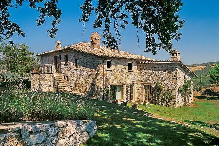 Marvelous Villa Ada offers panoramic views, raised terrace and pergola - Image 1 - Perugia - rentals