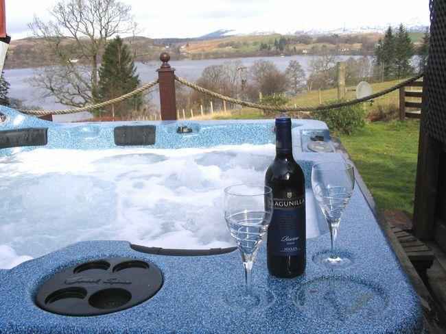 Enjoy relaxation in the hot tub - A641B - Kilchrenan - rentals