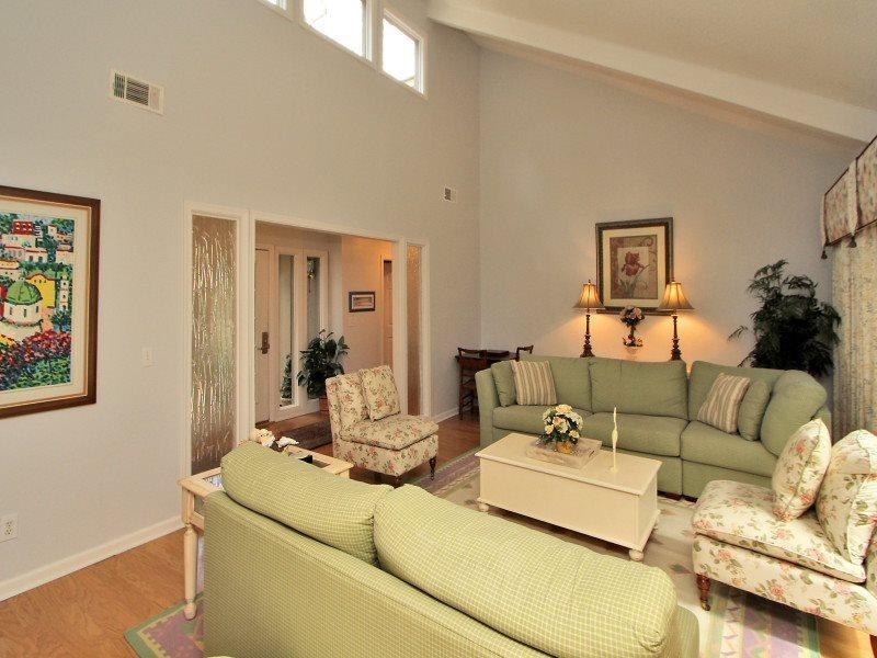 Living Room at 10 Battery Road - 10 Battery Road - Sea Pines - rentals