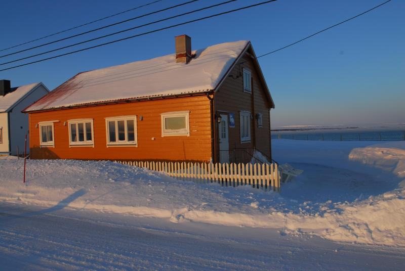 The Sea Apartments in wintertime - Ecotourism accommodation close to birdlife - Finnmark - rentals