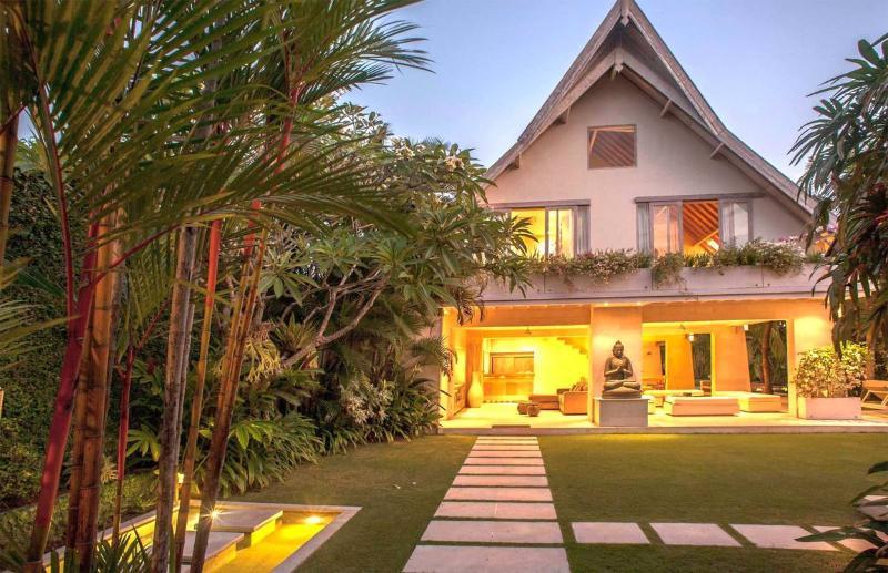 Seminyak Villa 341 - 5 Beds - Bali - Image 1 - Seminyak - rentals