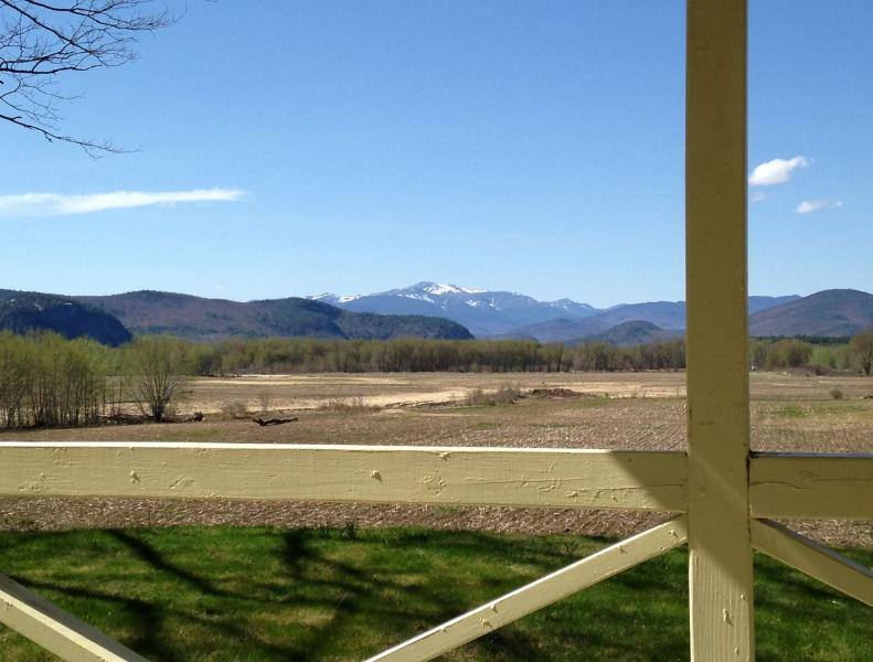 View of Mount Washington from Back Porch - Panoramic Mountain View Home 1.9 miles to downtown - North Conway - rentals