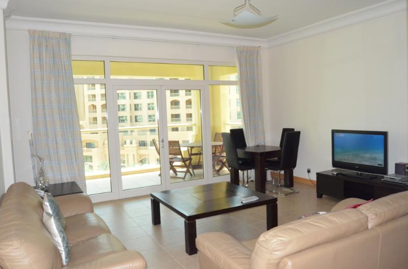 Al Shahla Living area - Palm Shoreline #16 Al Shahla 2 Bedroom Canal View 405 - Palm Jumeirah - rentals