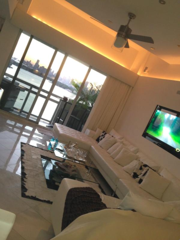 Must See!! Amazing Luxury Penthouse - Water Views, 2 Bed, 2 Bath 15' Ceilings - Image 1 - Miami - rentals